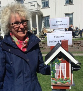 Susanne Rosenbergs genomarbetade holk Sommarstuga vann Folkets röst och fick hedersomnämnande av SNFs expertjury.